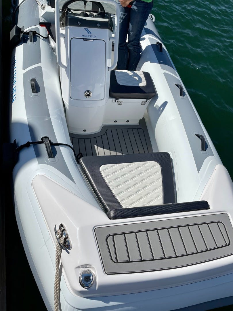 2006 Marlow 70' 70E Halcyon Seas   Picture 3 of 47
