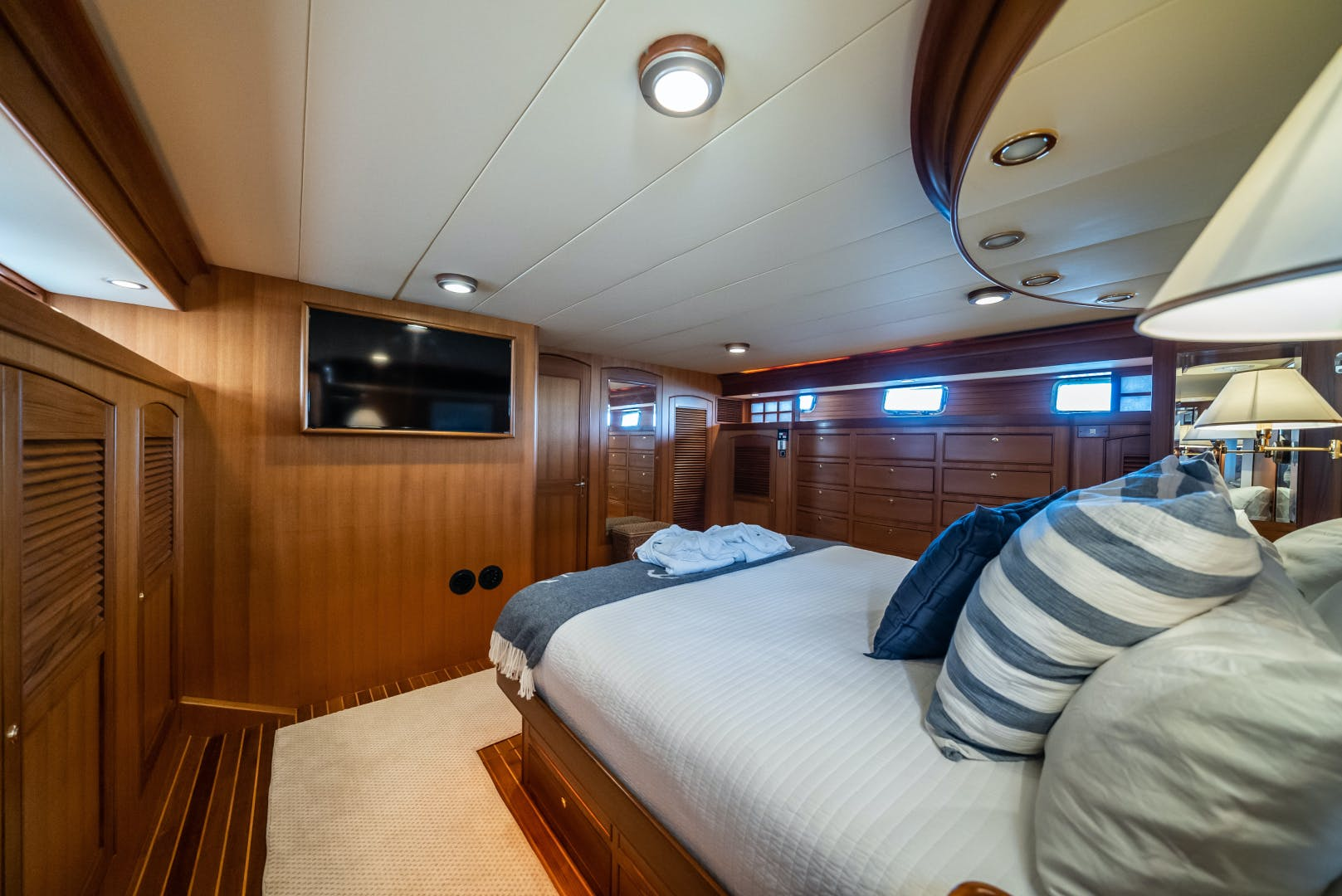 2006 Marlow 70' 70E Halcyon Seas | Picture 8 of 42