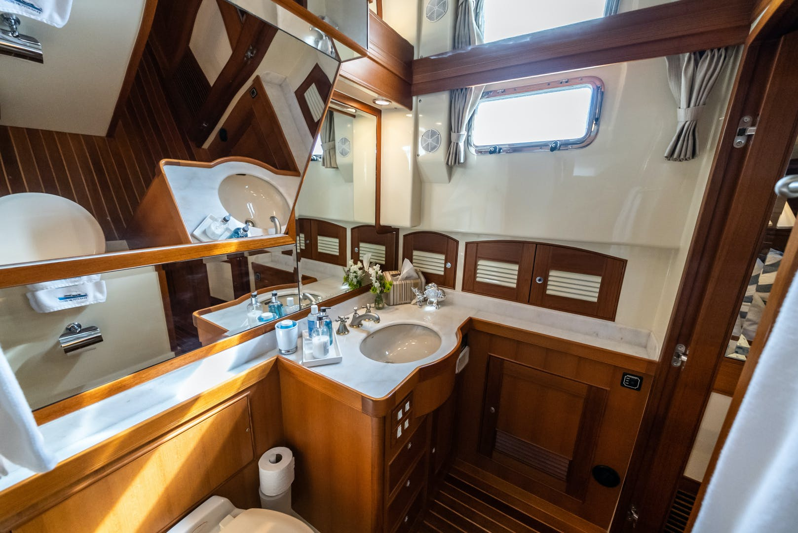 2006 Marlow 70' 70E Halcyon Seas | Picture 3 of 42