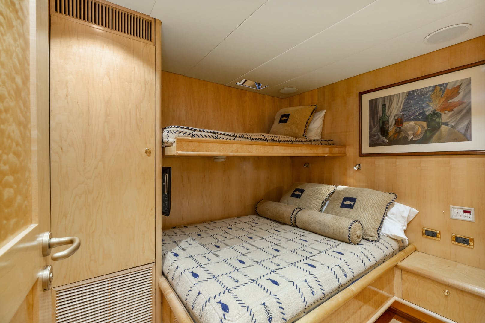 1985 Delta Marine 84' Expedition HOLIDAY | Picture 5 of 48