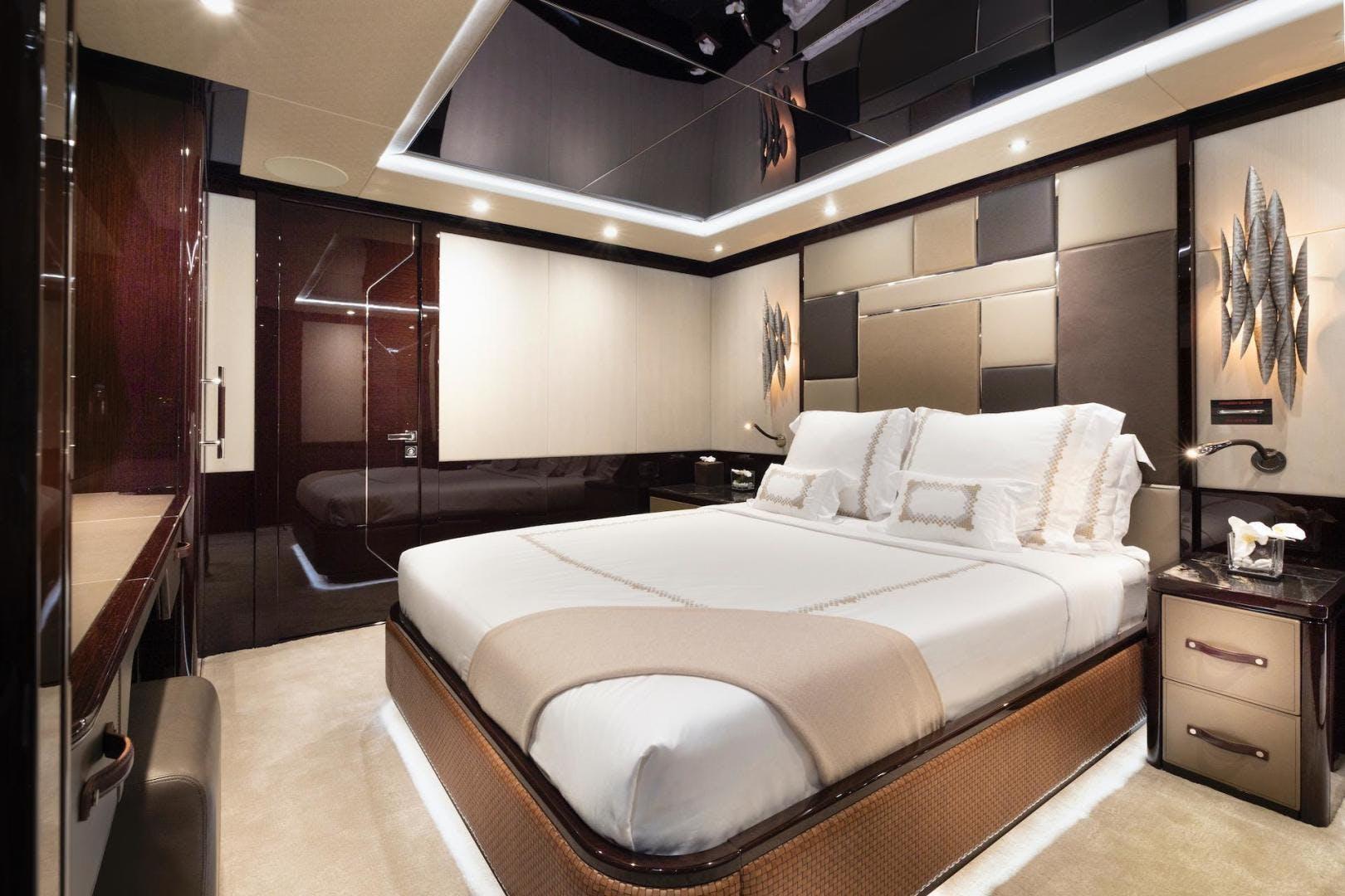 2019 Sunseeker 131' 131 Motor Yacht Exodus | Picture 6 of 24