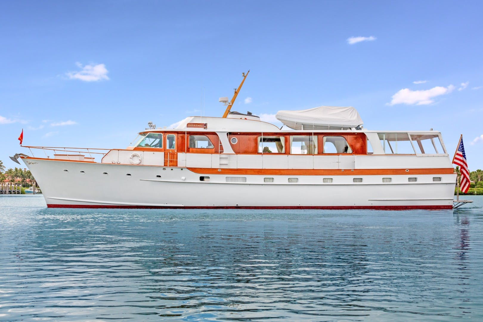 1972 Trumpy 72' Houseboat DOVETAIL | Picture 8 of 31