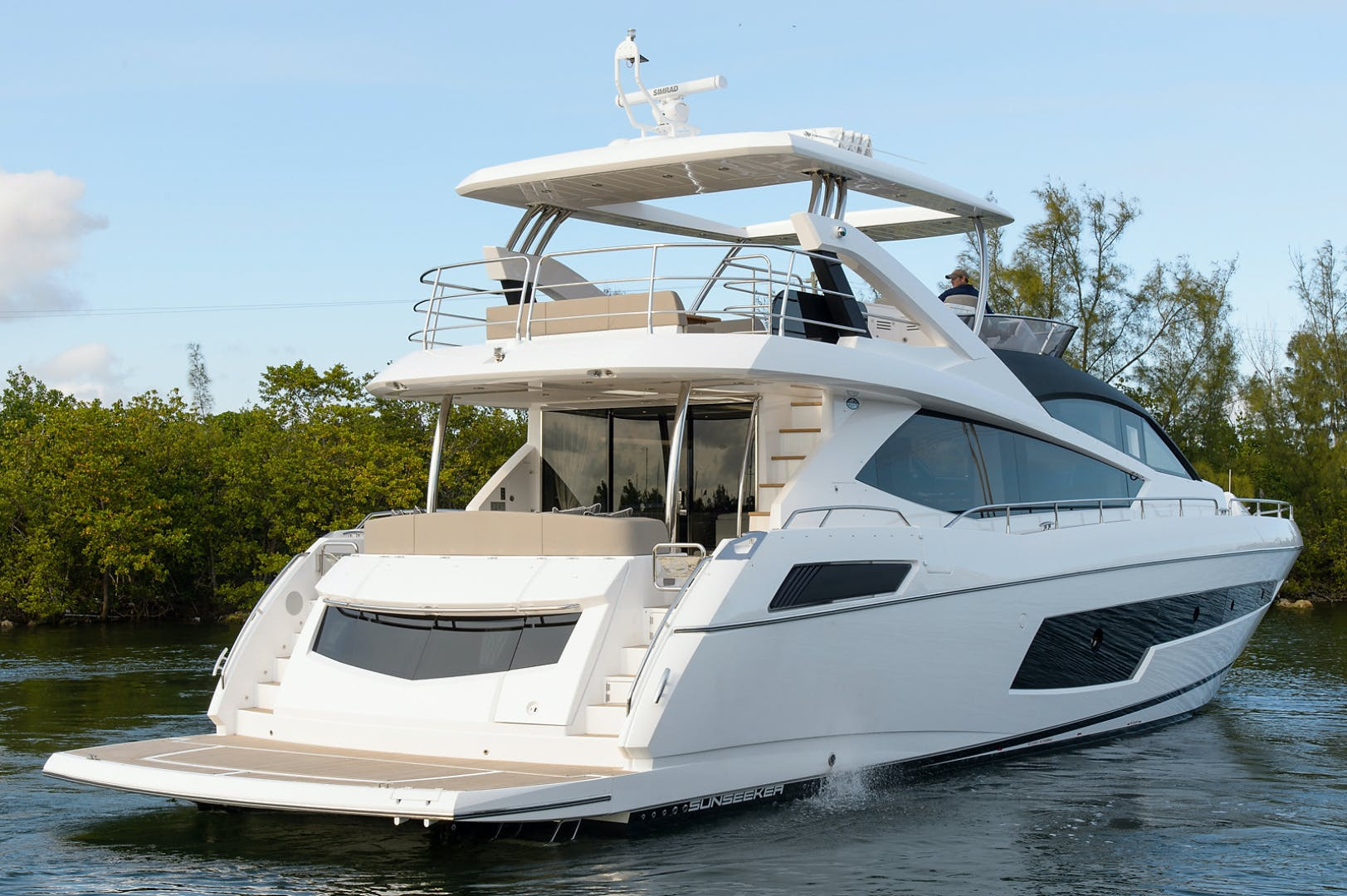 2017 Sunseeker 75' 75 Yacht Claudia | Picture 2 of 106