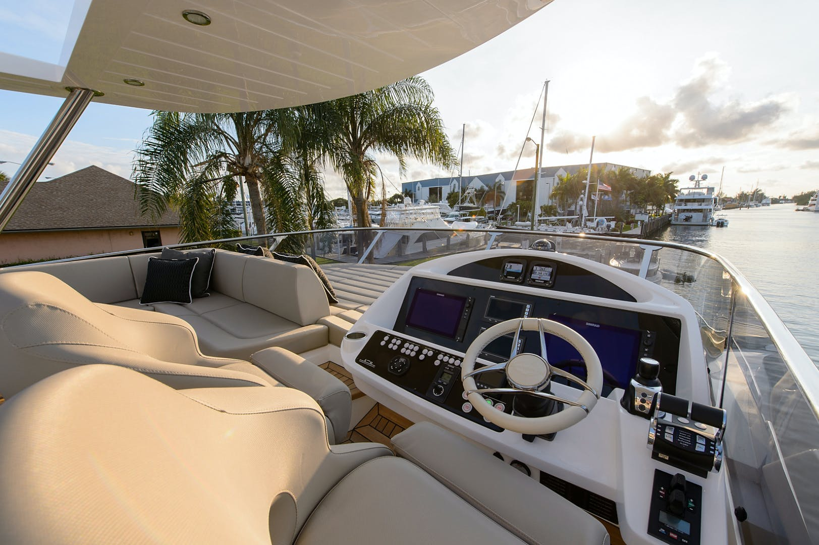 2017 Sunseeker 75' 75 Yacht Claudia | Picture 6 of 106