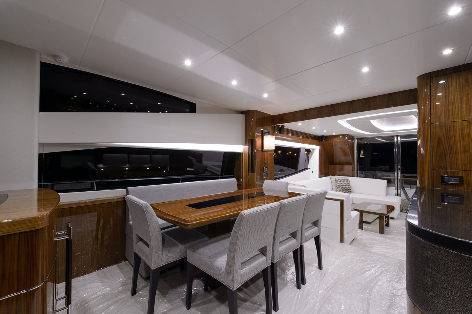 2017 Sunseeker 75' 75 Yacht Claudia | Picture 7 of 106