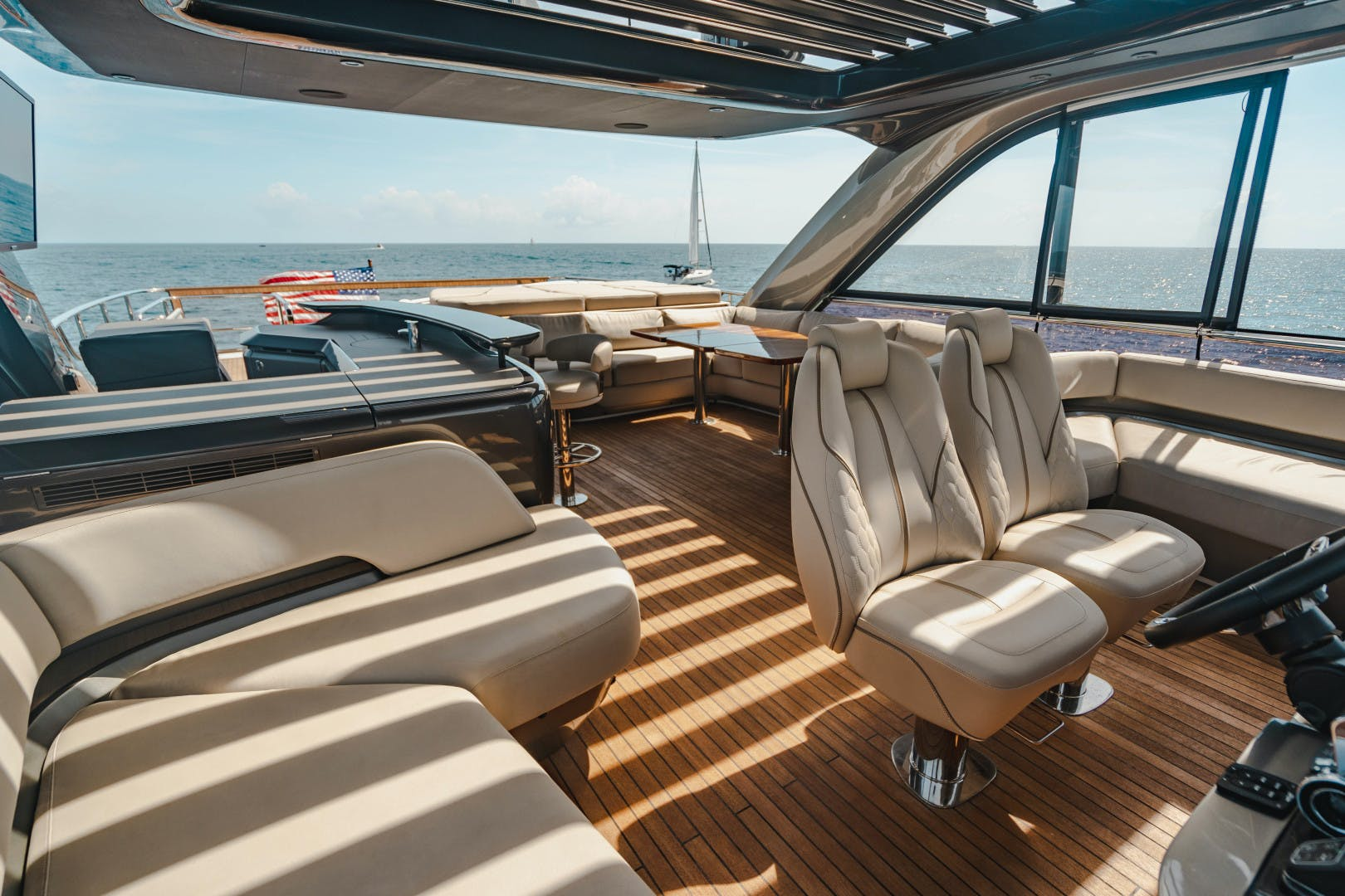 2019 Princess 85'  Splash | Picture 6 of 128