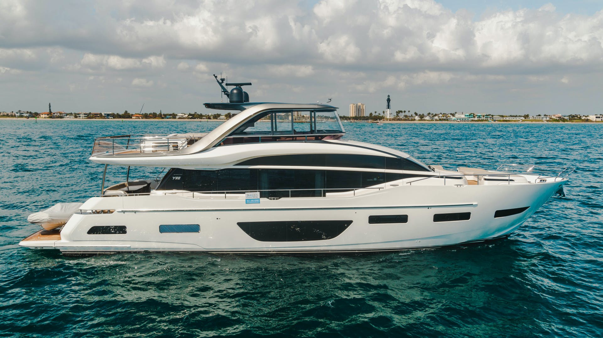 2019 Princess 85' Y85  Splash | Picture 5 of 128