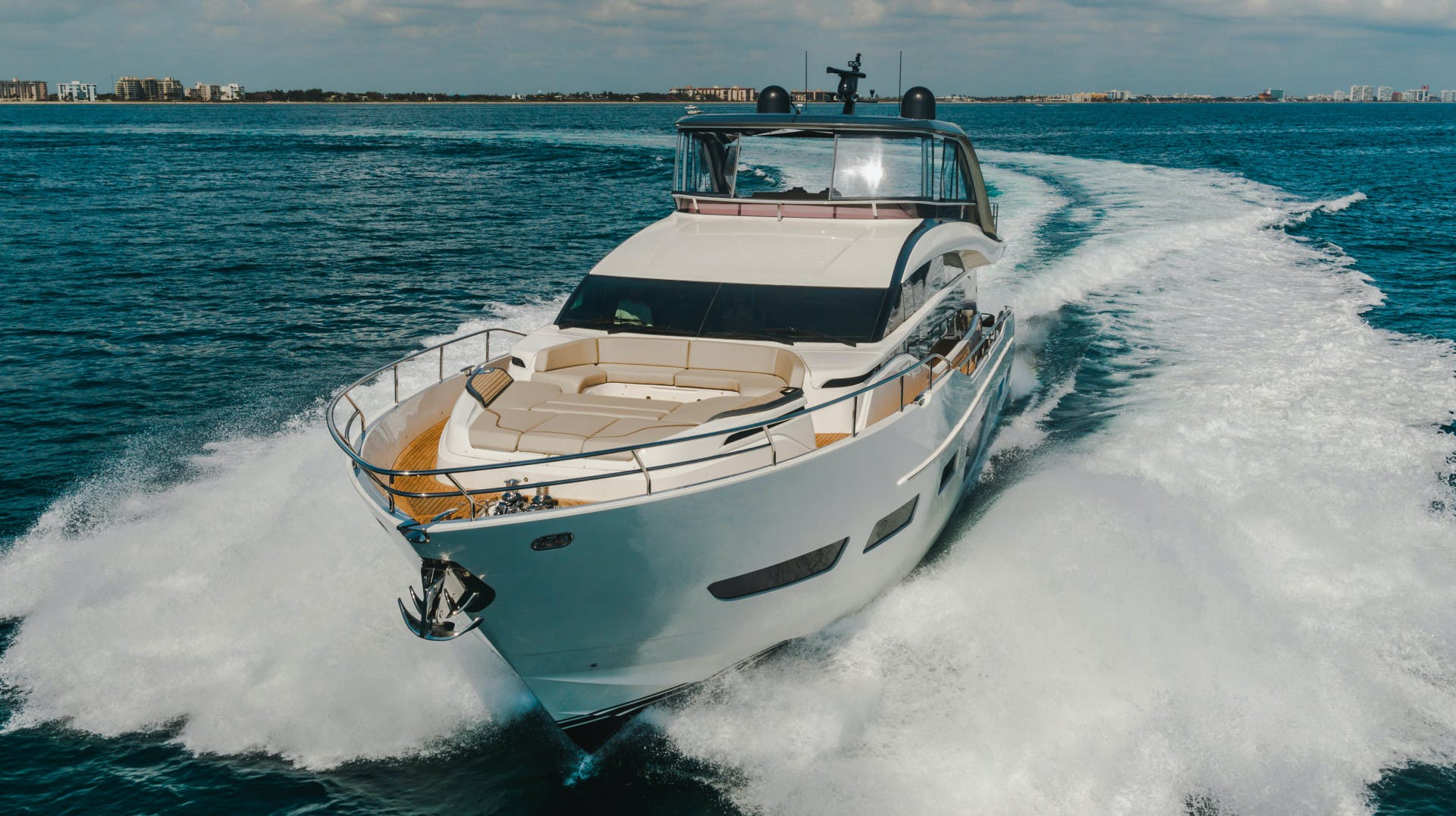 2019 Princess 85'  Splash | Picture 7 of 128