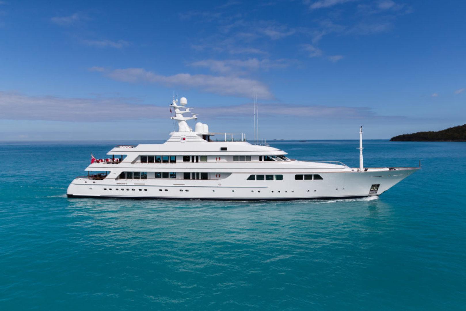 204' Feadship 2000 Motor Yachts