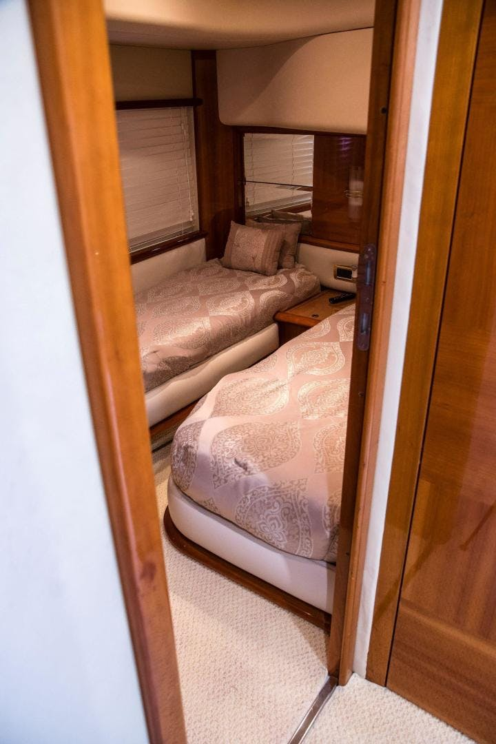 2004 Azimut 62'  Copasetic | Picture 8 of 82