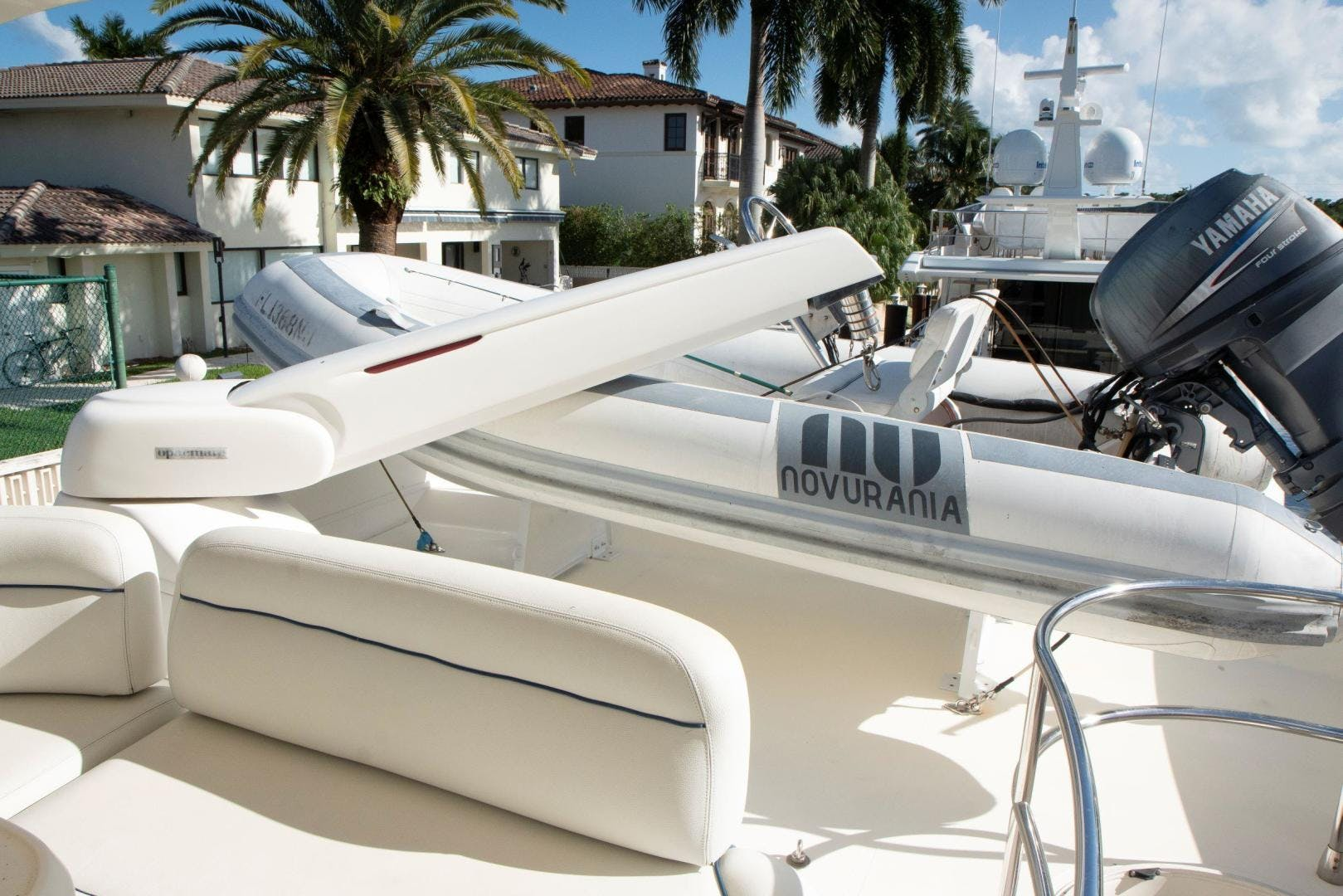 2004 Azimut 62'  Copasetic | Picture 6 of 82