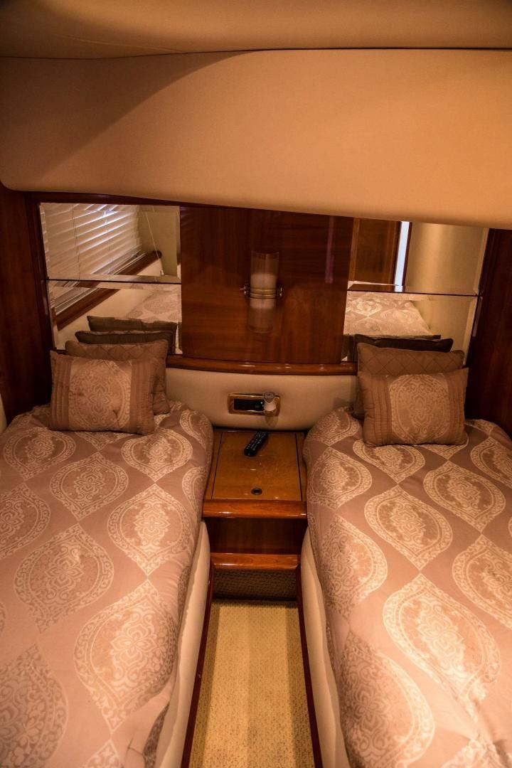 2004 Azimut 62'  Copasetic | Picture 1 of 82