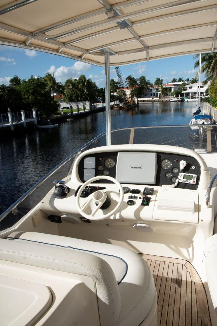 2004 Azimut 62'  Copasetic | Picture 7 of 82