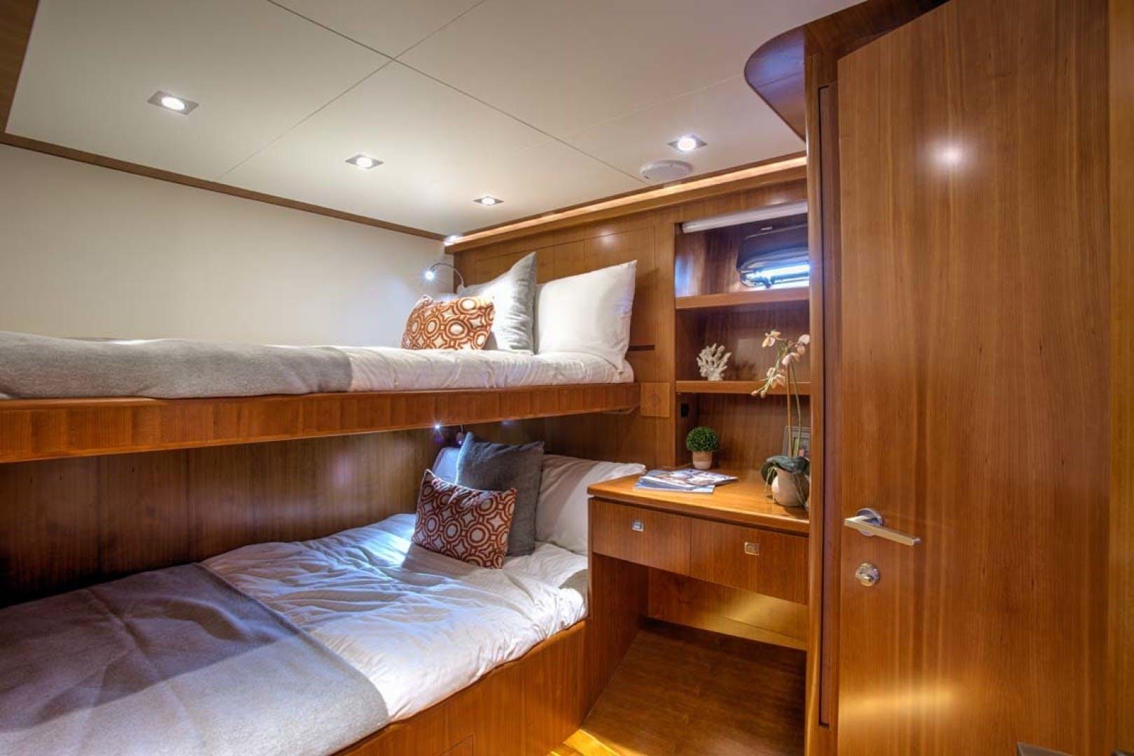 2020 President 87' 870 Tri Deck LRC Loretta | Picture 2 of 68