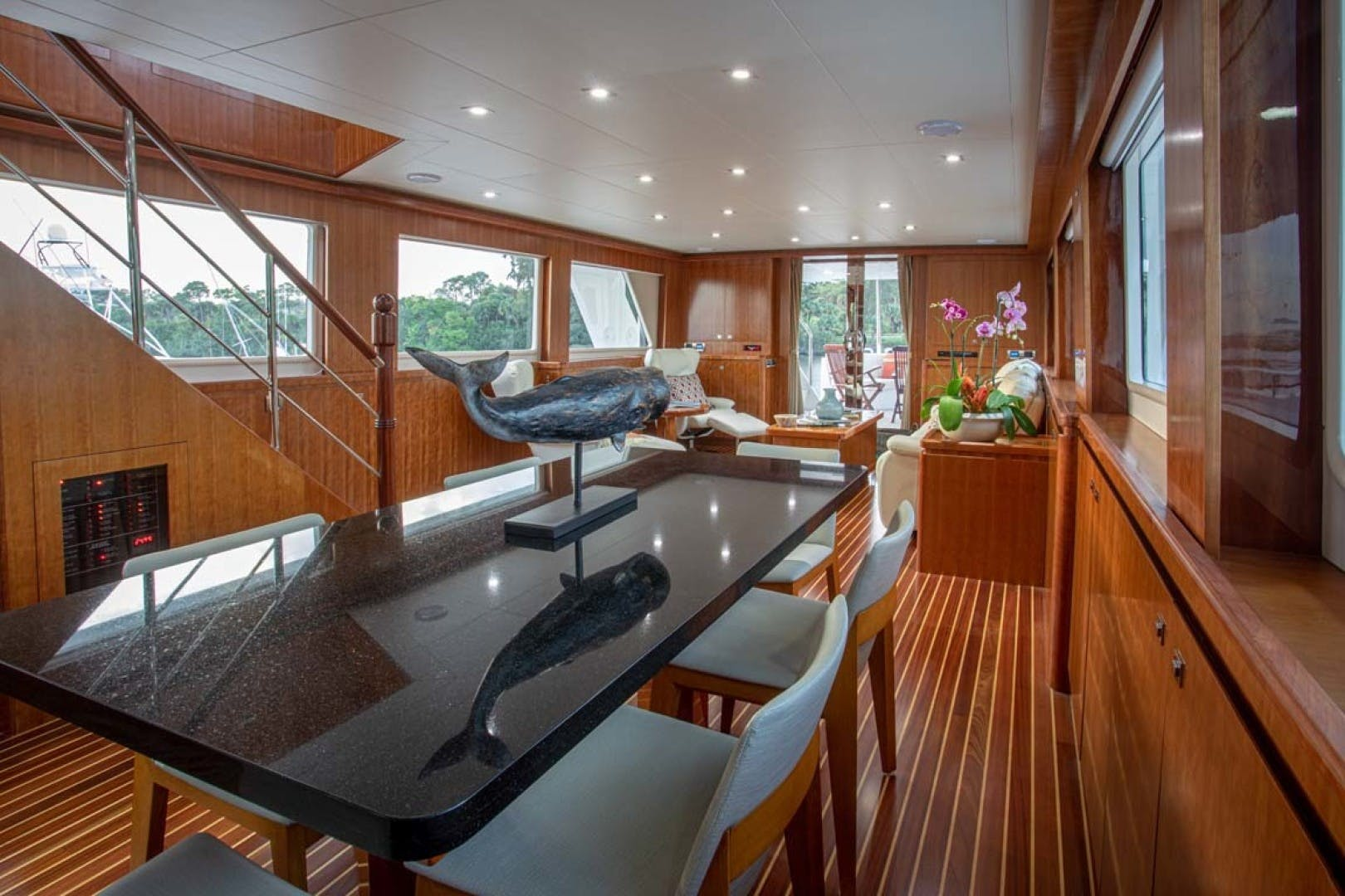 2020 President 87' 870 Tri Deck LRC Loretta | Picture 1 of 68