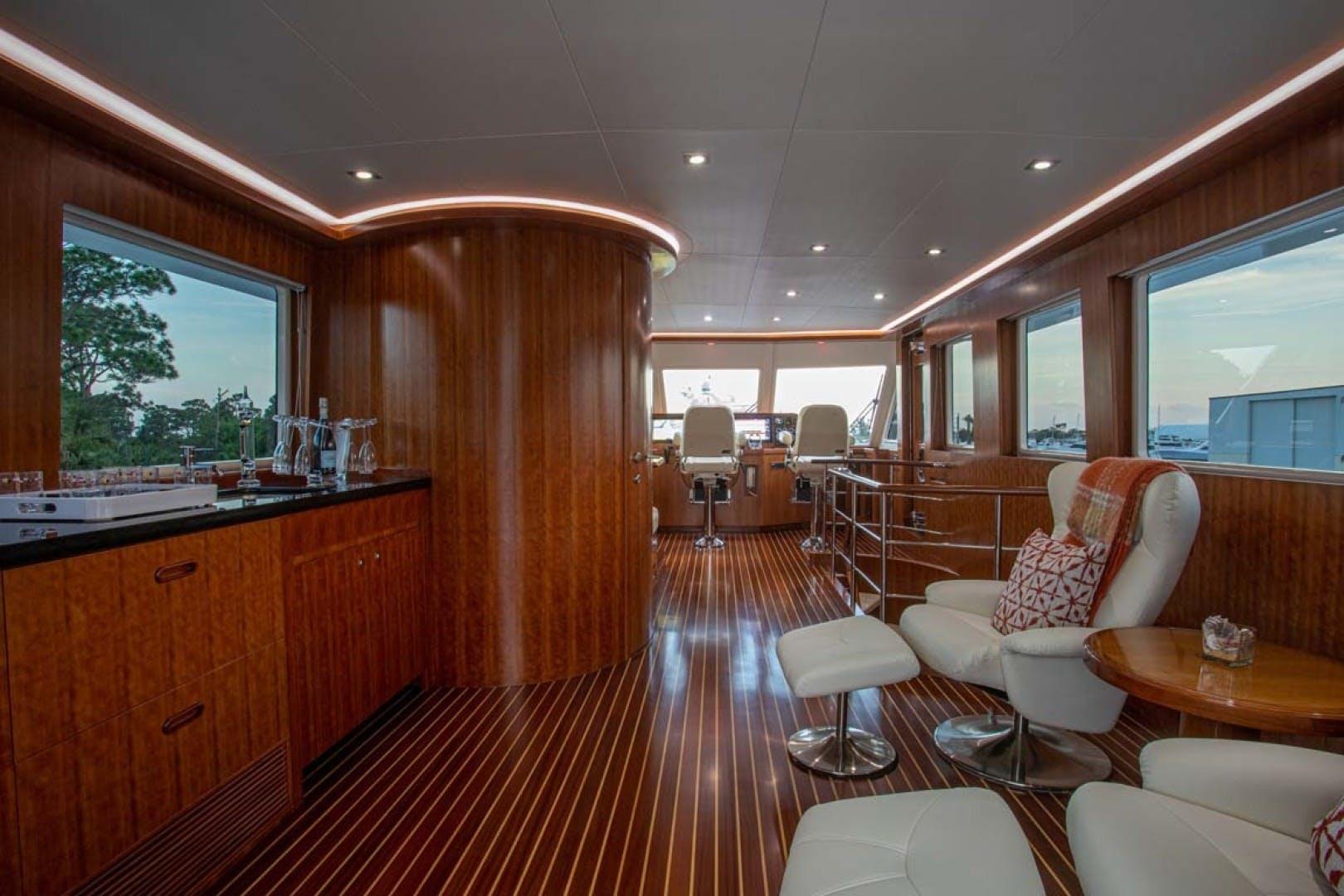 2020 President 87' 870 Tri Deck LRC Loretta | Picture 8 of 68