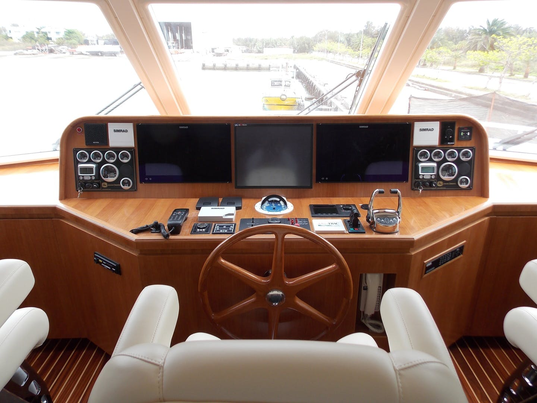 2020 President 87' 870 Tri Deck LRC Loretta | Picture 4 of 68