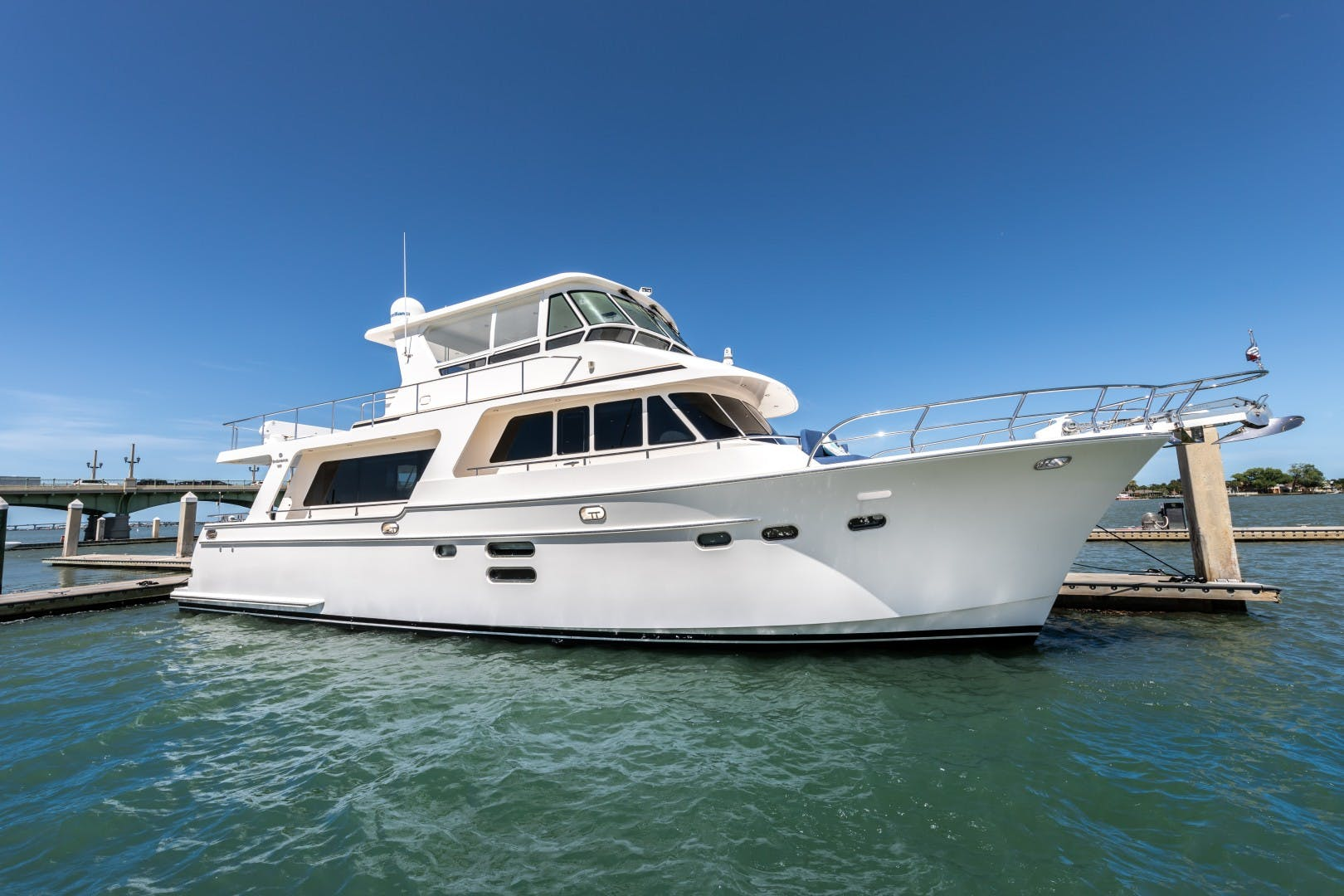 2014 Hampton 64' 640 Endurance Crystal Lady | Picture 1 of 55