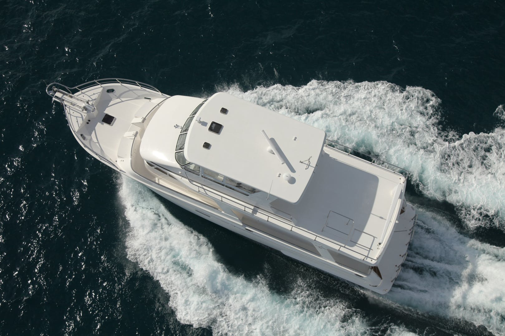2014 Hampton 64' 640 Endurance Crystal Lady | Picture 5 of 55