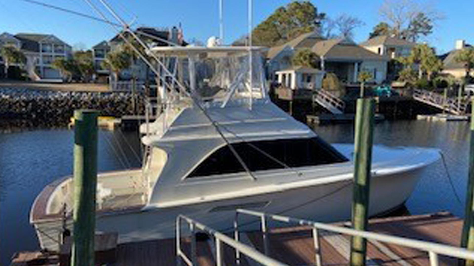 38' Ocean Yachts 1989 38 Sings Fling