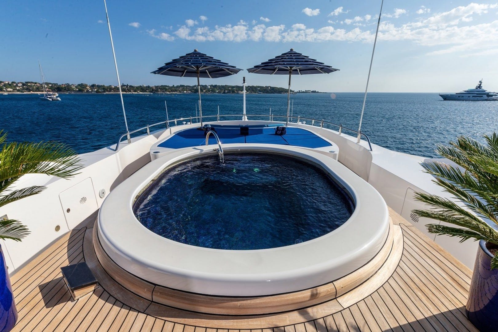 2003 Benetti 181' 55m LADY MICHELLE | Picture 5 of 45