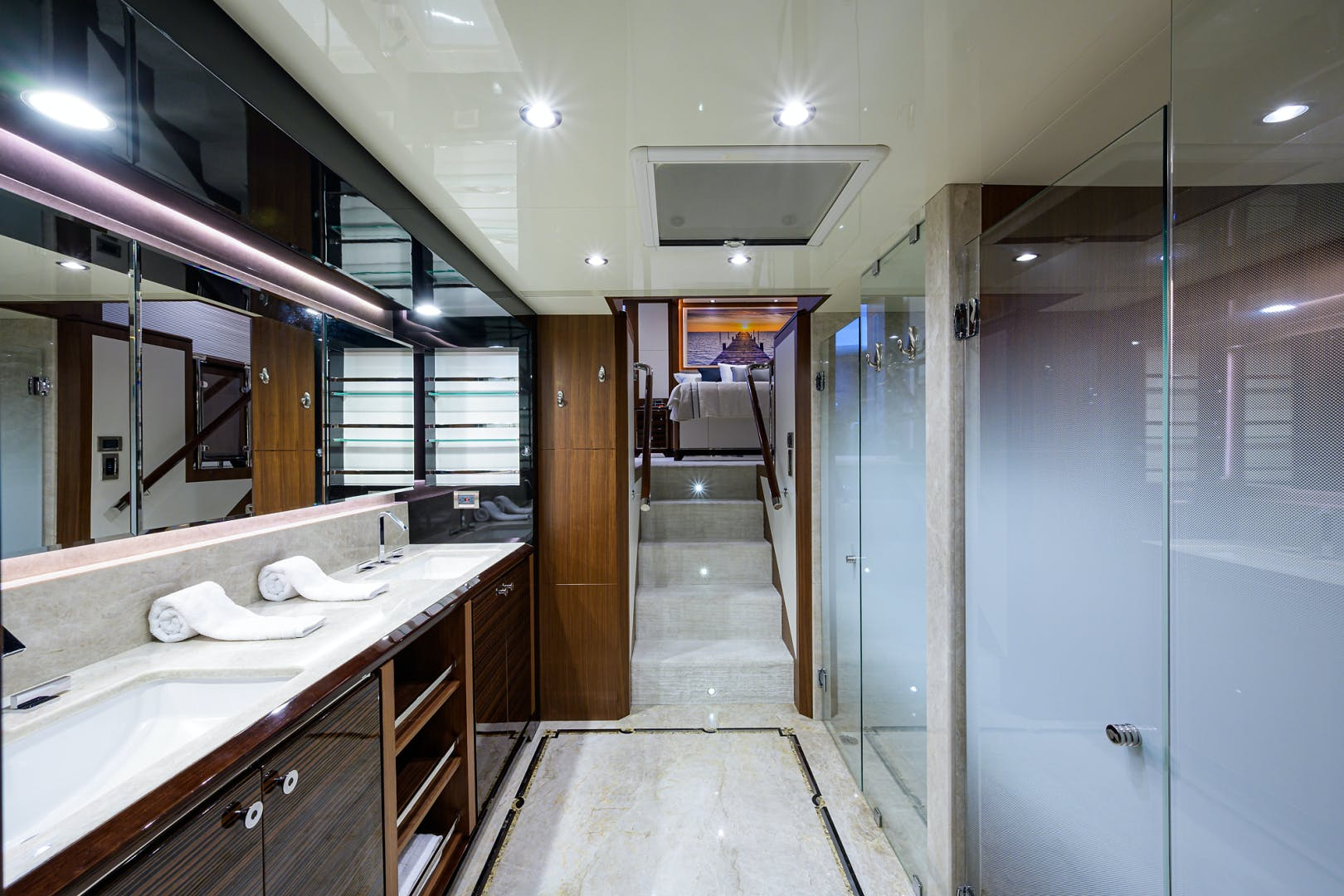 2019 Ocean Alexander 100' Motor Yacht Seasons in the Sun | Picture 5 of 39