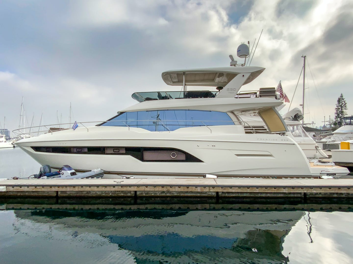 2018 Prestige 63' 630 Seaduction   Picture 2 of 52