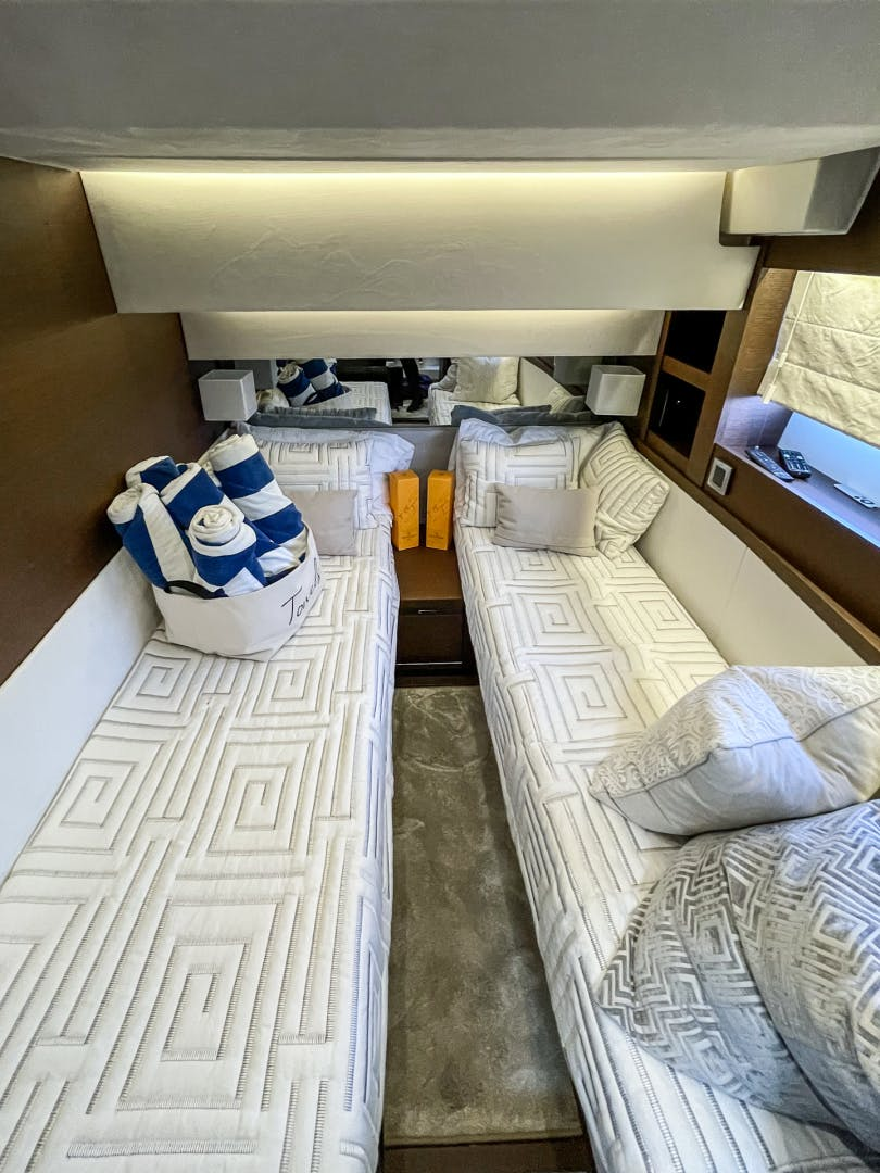 2018 Prestige 63' 630 Seaduction   Picture 8 of 52