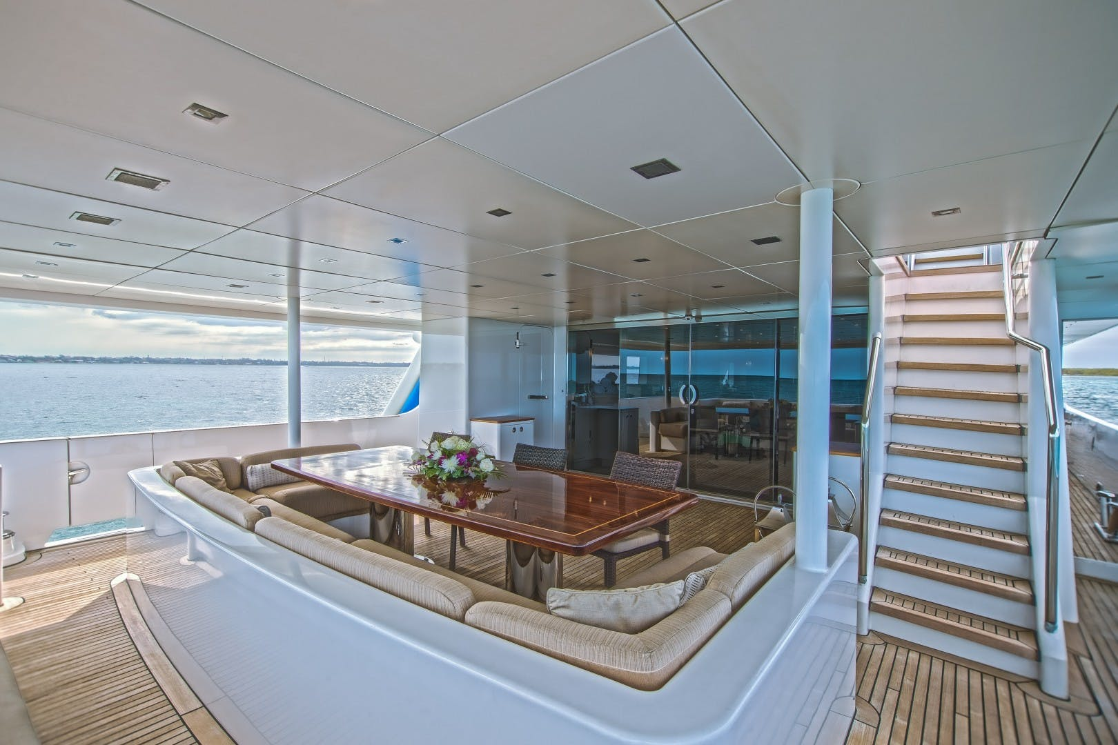 1986 Heesen 125' Tri-Deck SEA AXIS | Picture 2 of 15