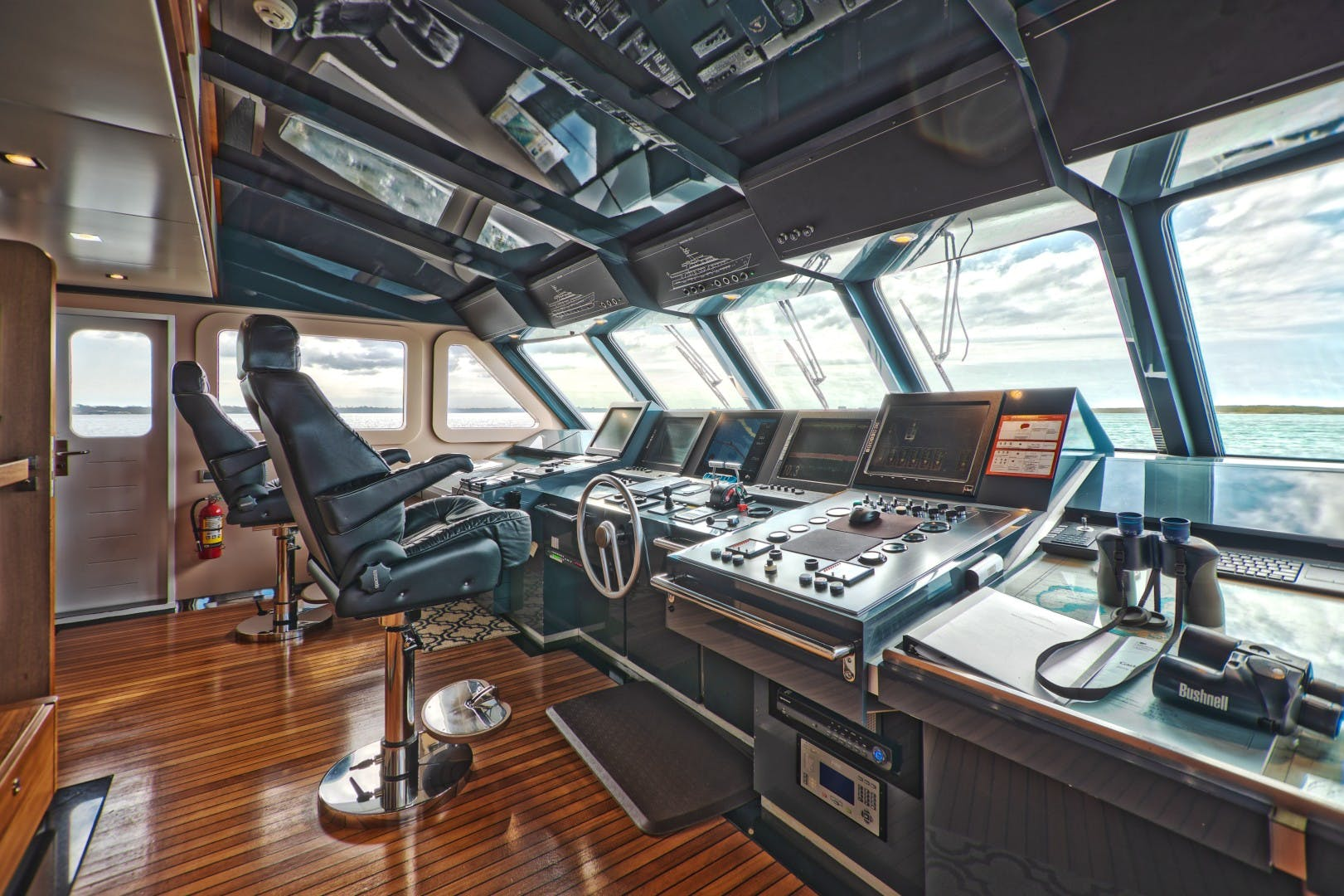 1986 Heesen 125' Tri-Deck SEA AXIS | Picture 1 of 15