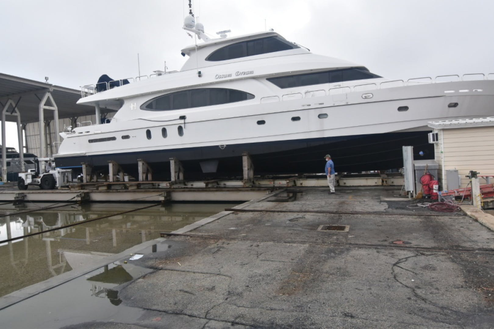 2005 Hargrave 96' Skylounge Ossum Dream | Picture 3 of 52