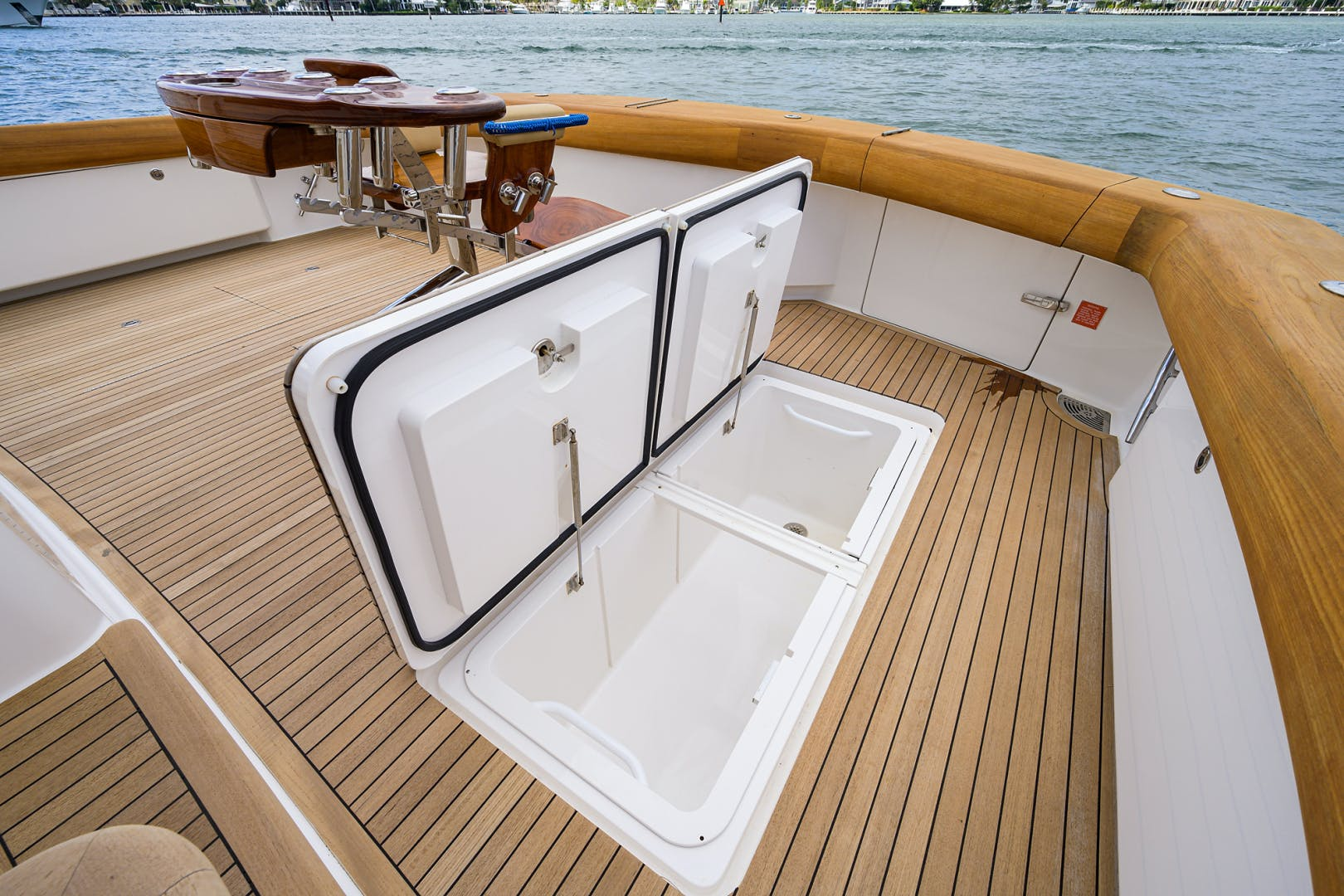 2015 Viking 76'  SIX PACK | Picture 7 of 145
