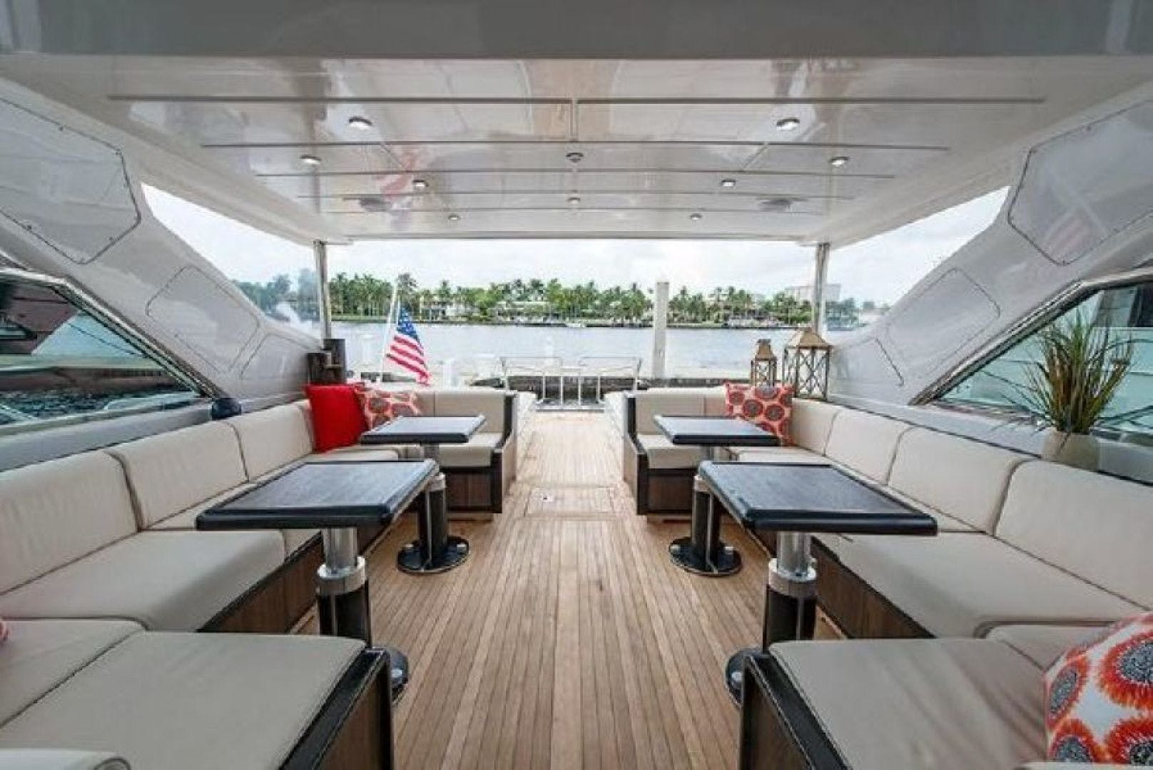 2007 Mangusta 80' Motor Yacht COLD BLOODED   Picture 7 of 38