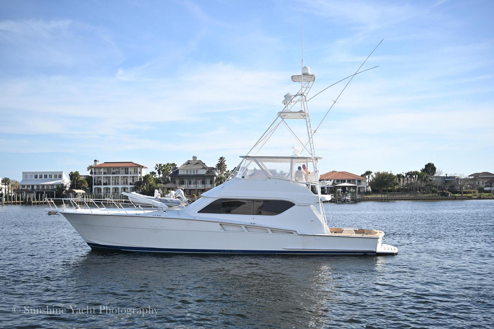 """2000 Imperial 60' Convertible """"Reel Choice"""""""
