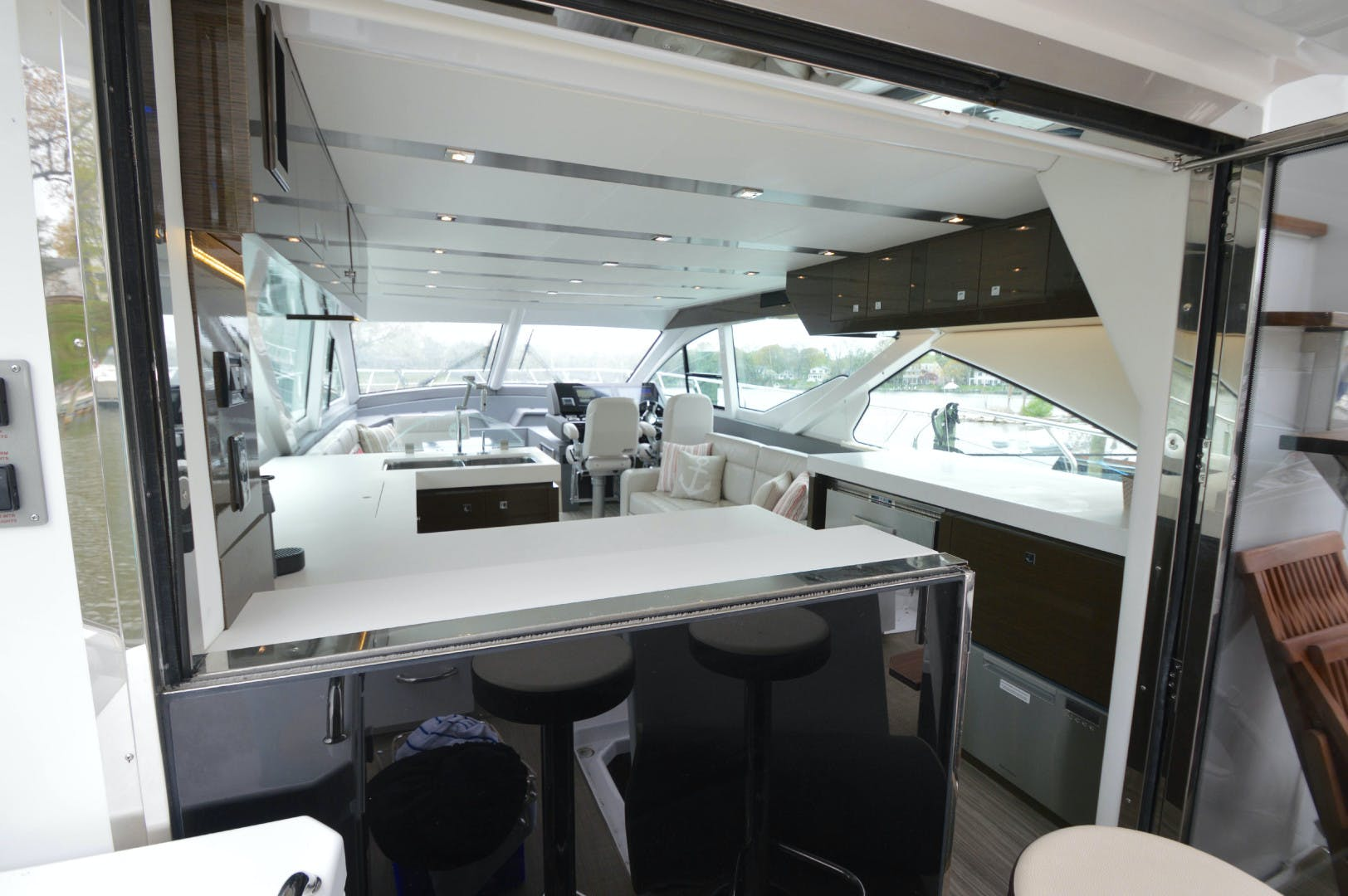 2018 Cruisers 60' 60 Flybrige The Emmy | Picture 7 of 82