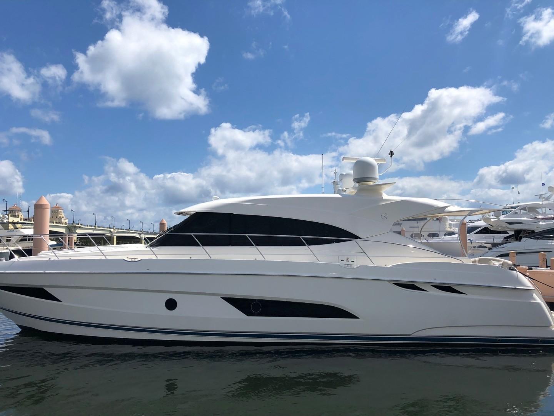 54' Riviera 2017 5400 Sport Yacht