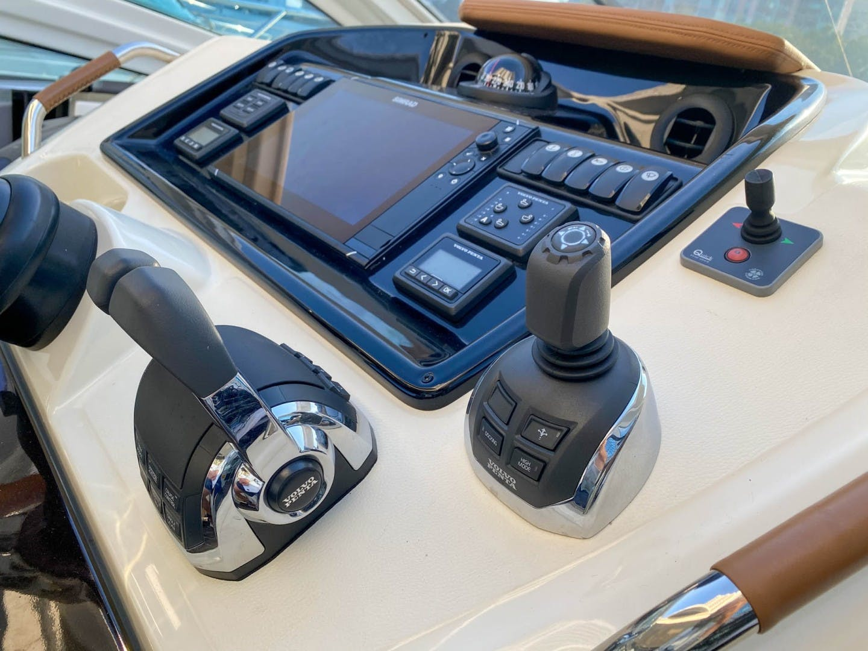 2019 Beneteau 42' Gran Turismo 40 007 | Picture 6 of 31