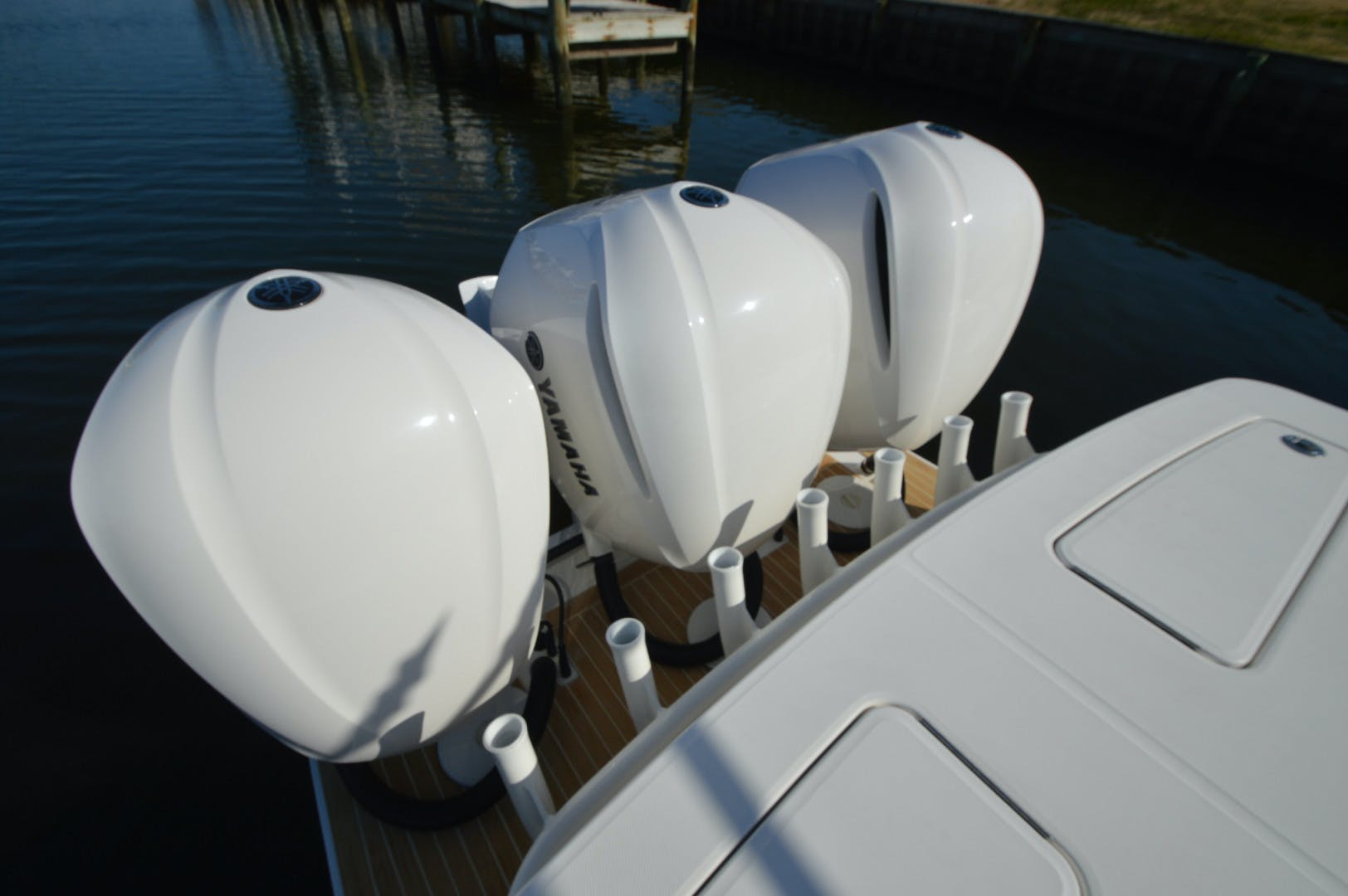 2019 Regulator 34' 34 Paved For | Picture 5 of 42