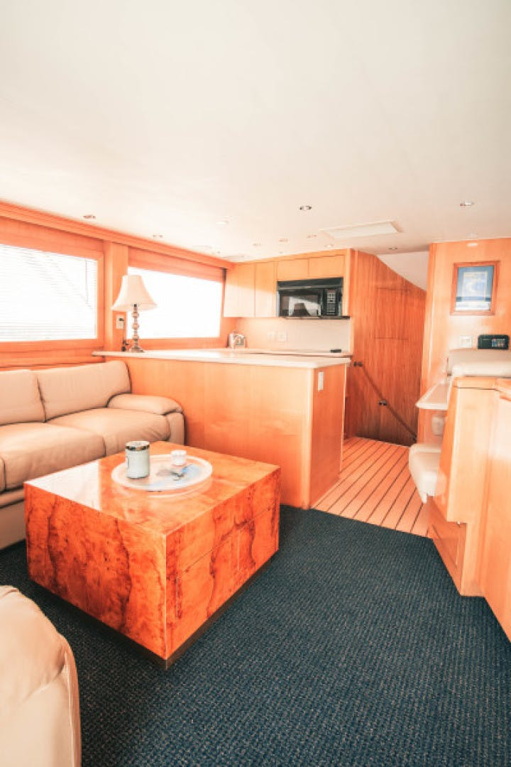 1999 Hatteras 60' Convertible Son House | Picture 3 of 16