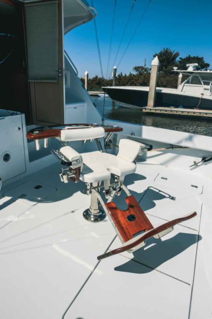 1999 Hatteras 60' Convertible Son House | Picture 7 of 16