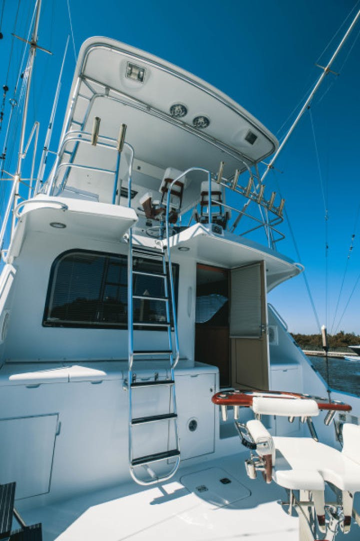 1999 Hatteras 60' Convertible Son House | Picture 6 of 16
