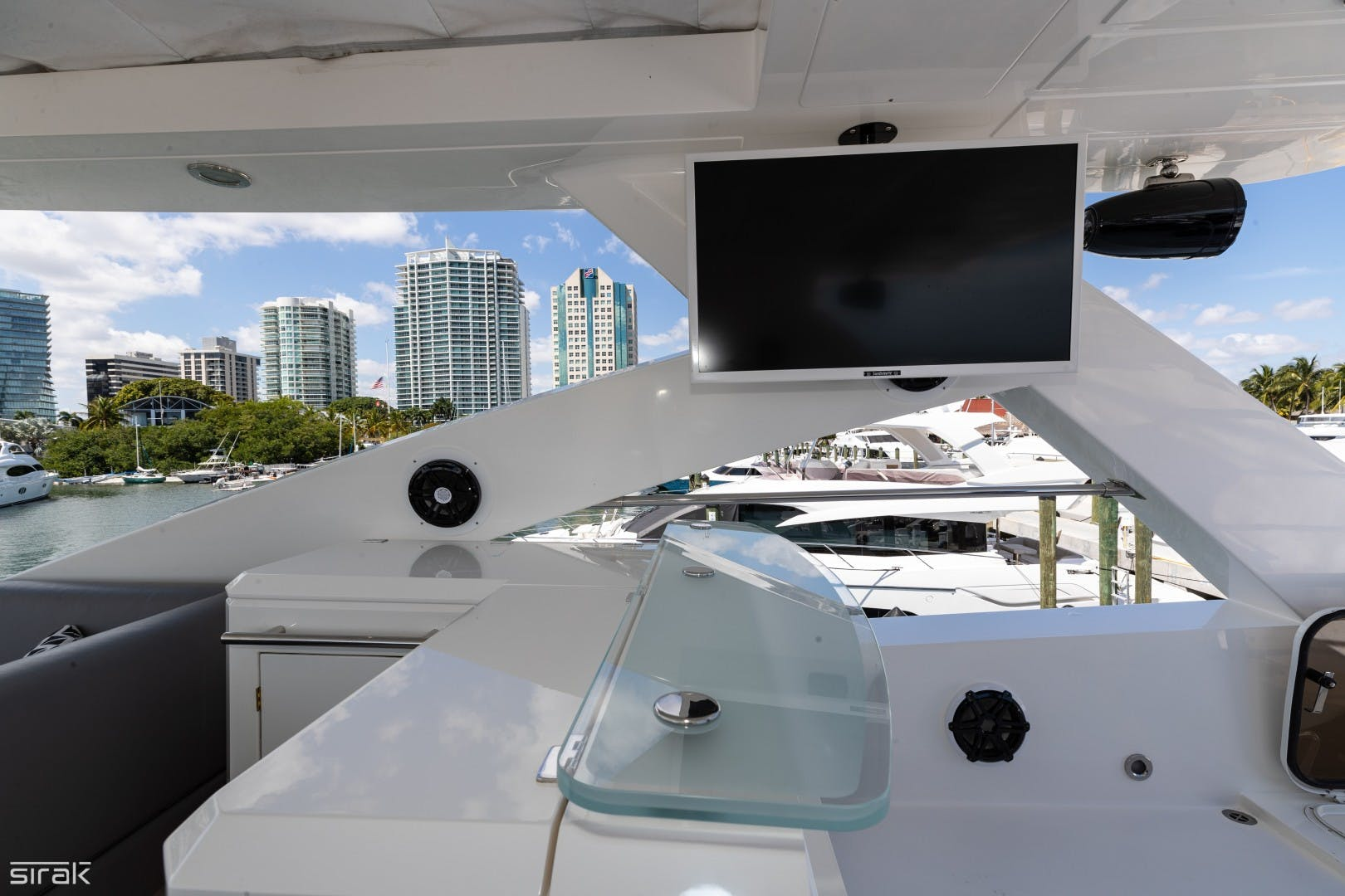 2012 Sunseeker 88' 88 Yacht SEATIVA | Picture 5 of 16