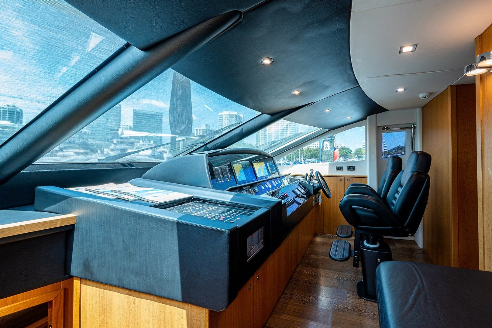2012 Sunseeker 88' 88 Yacht SEATIVA   Picture 7 of 28