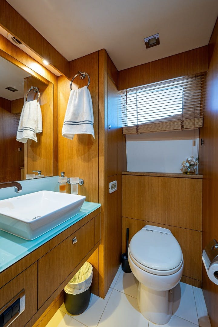 2012 Sunseeker 88' 88 Yacht SEATIVA   Picture 8 of 28