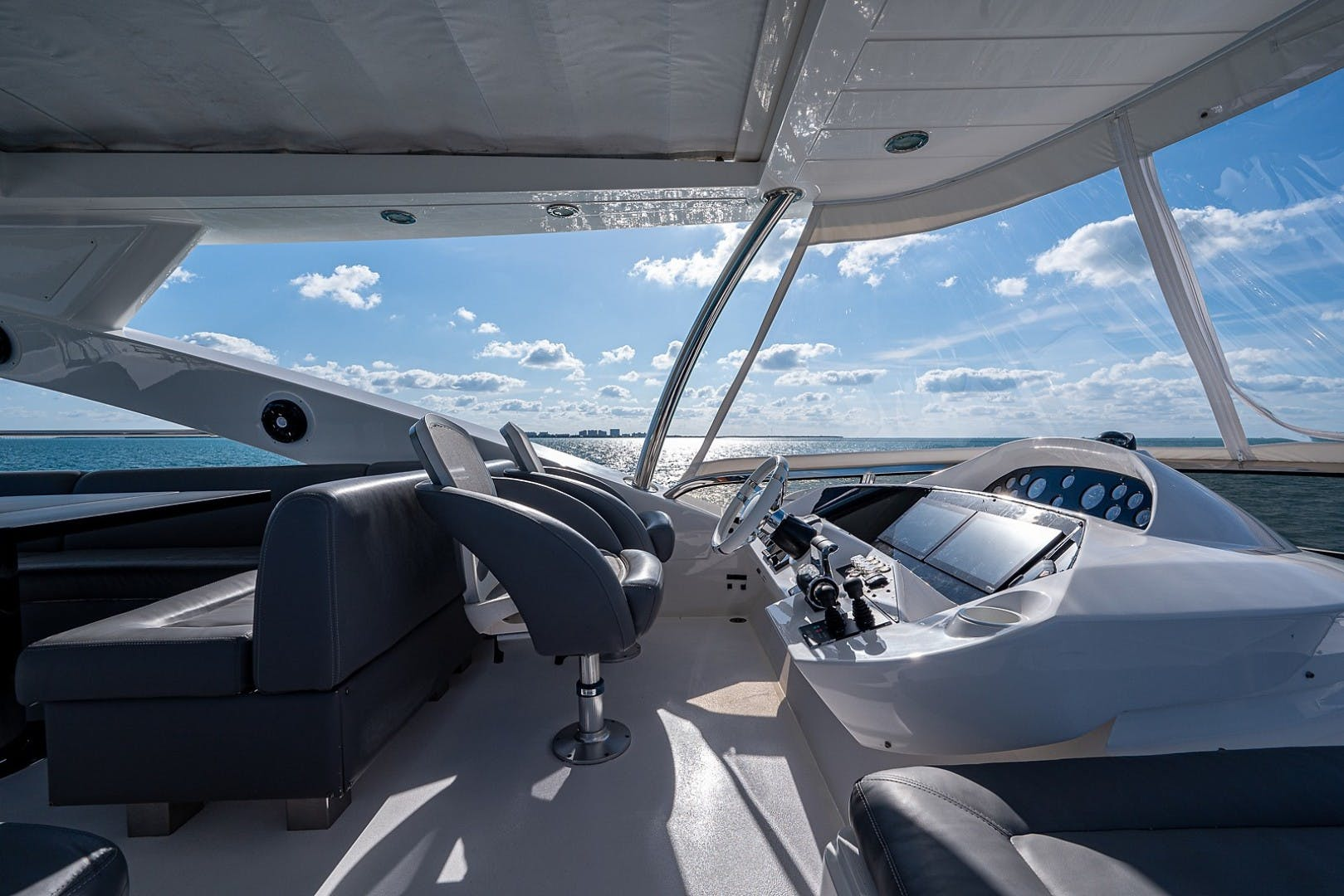 2012 Sunseeker 88' 88 Yacht SEATIVA   Picture 1 of 28