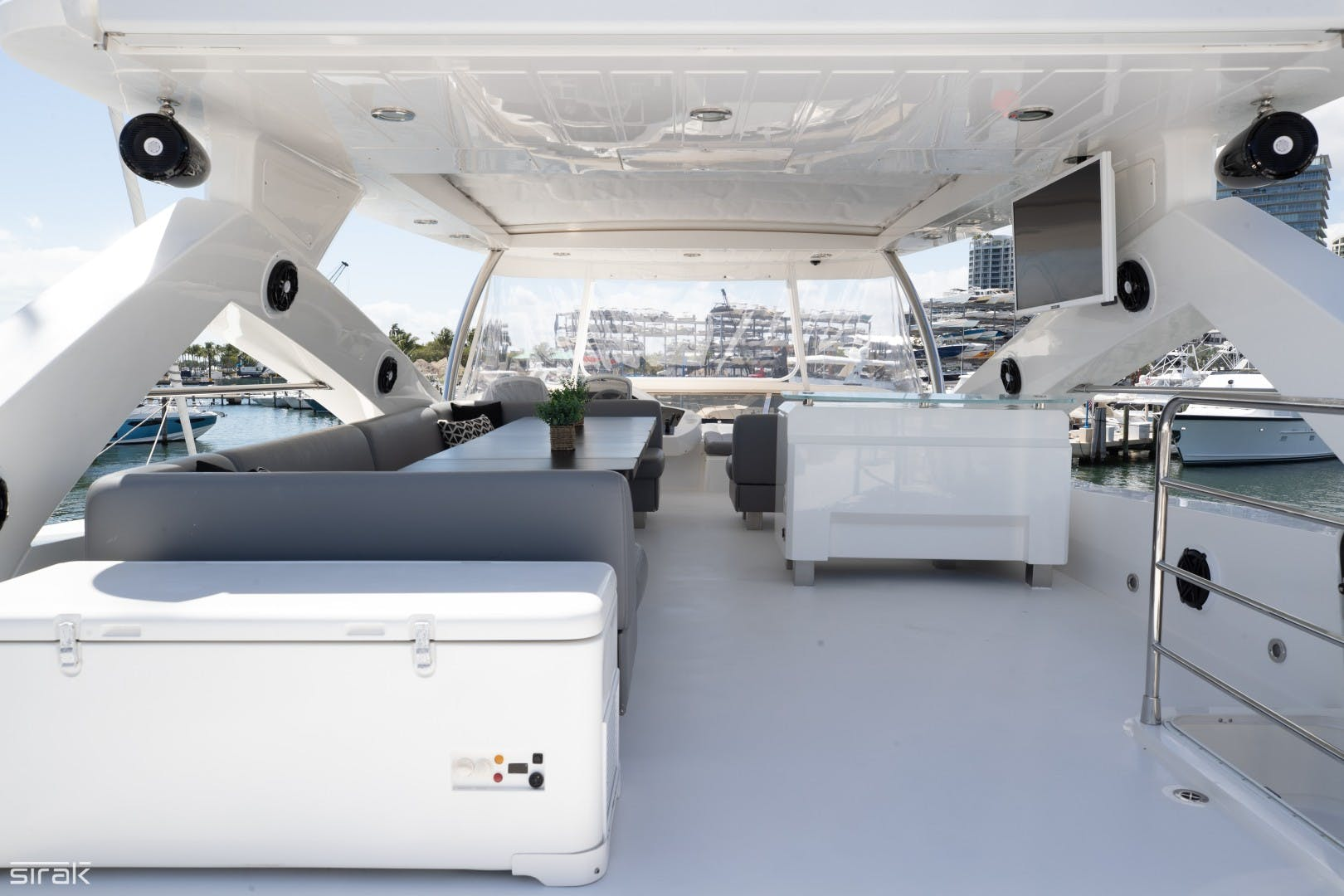 2012 Sunseeker 88' 88 Yacht SEATIVA | Picture 4 of 16