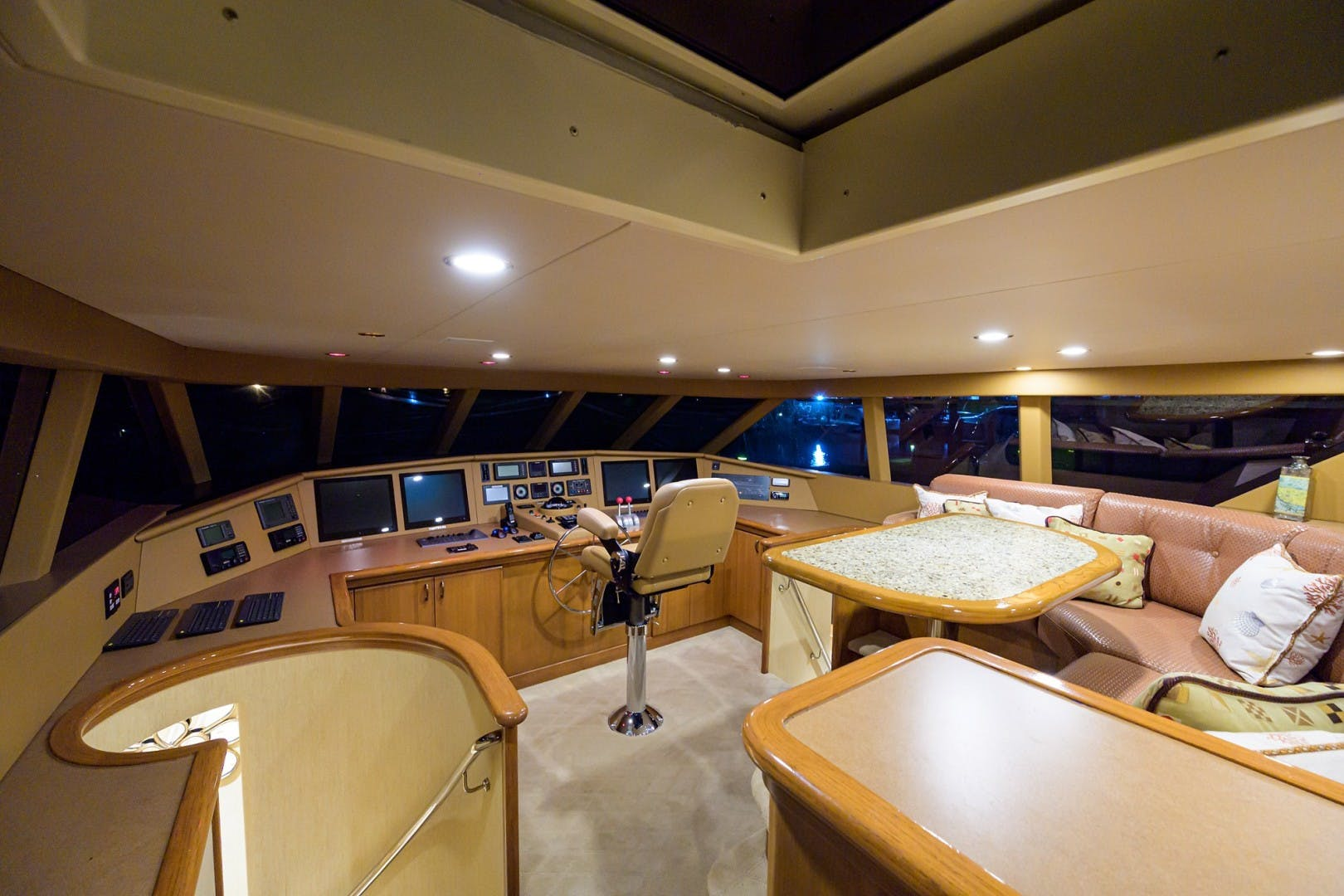 2002 Westport 112' Raised Pilothouse WENDY I | Picture 2 of 50