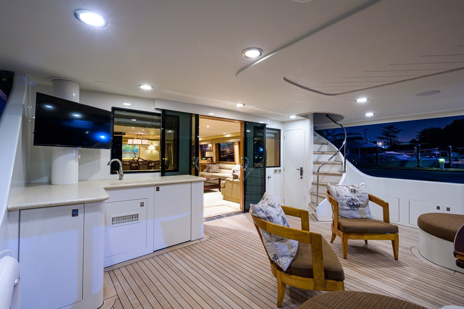 2002 Westport 112' Raised Pilothouse WENDY I | Picture 5 of 50