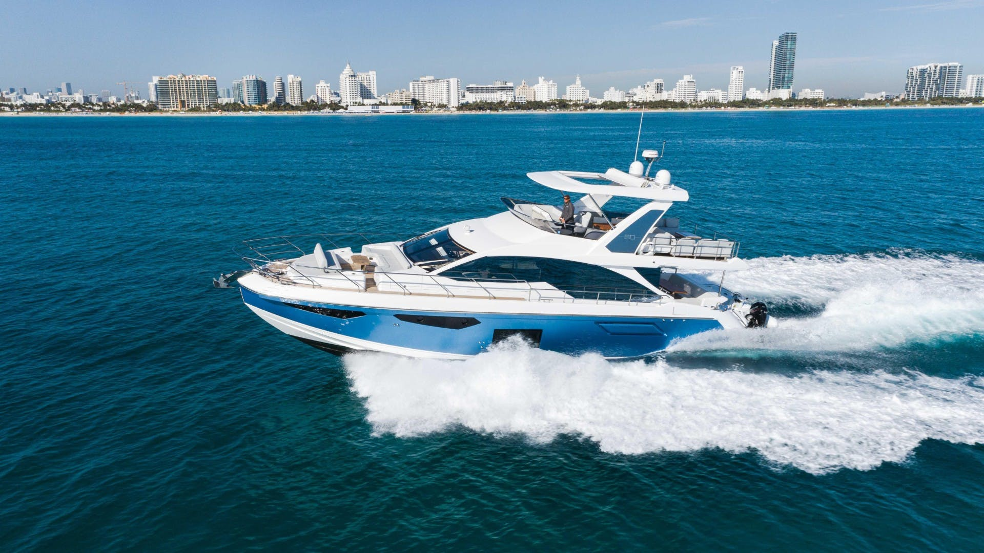 2019 Azimut 60' FLY Still Dreaming | Picture 7 of 99
