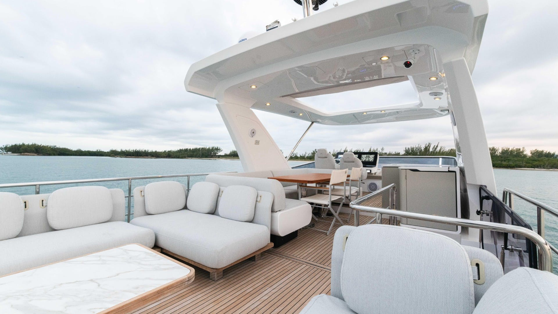 2019 Azimut 60' FLY Still Dreaming | Picture 6 of 99